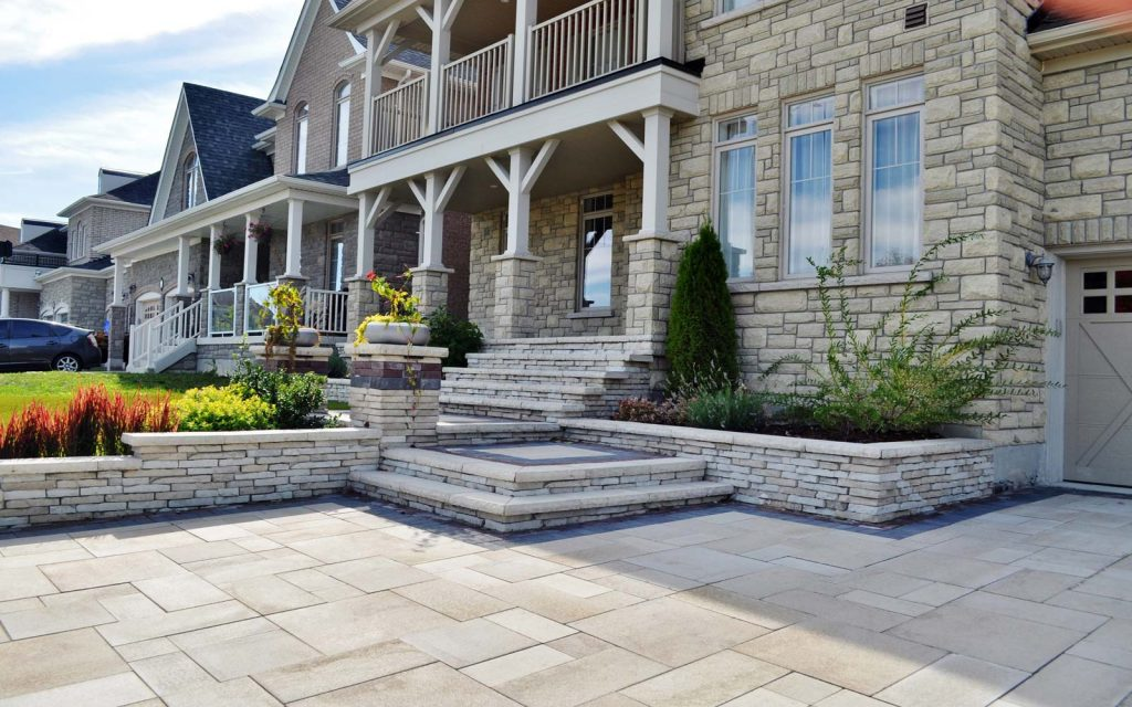 Main Entrance Design in Barrie 1