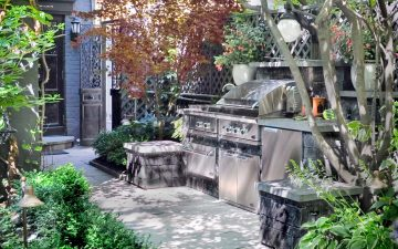 historic downtown garden yorkville 3
