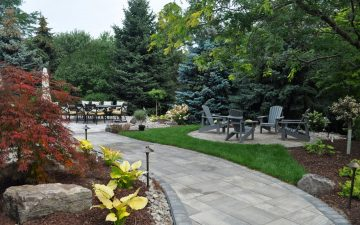 Backyard landscaping design in Etobicoke