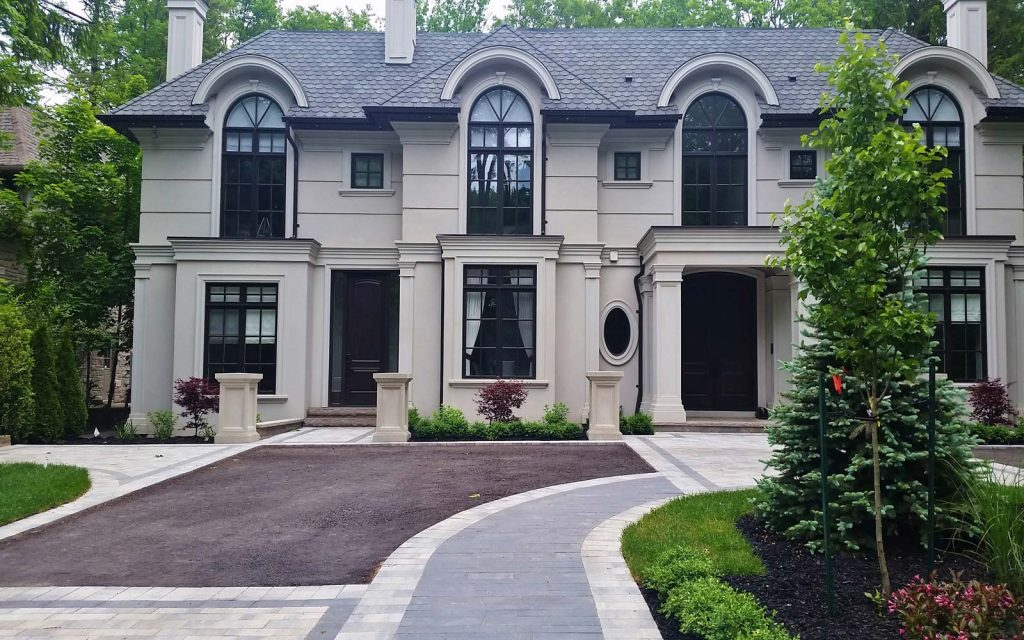Circular Driveway Landscaping Design In Oakville To The Classic House