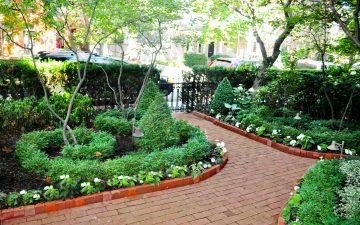 Yorkville Front Yard Garden 1